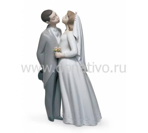 """Статуэтка """"Поцелуй на память"""" Lladro 01006620"""